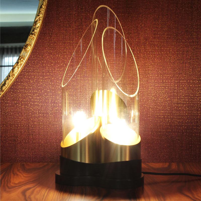 Bamboo table lamp