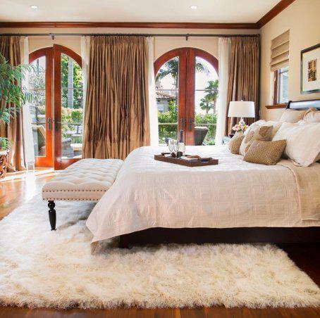 Make your room feel like hotel room