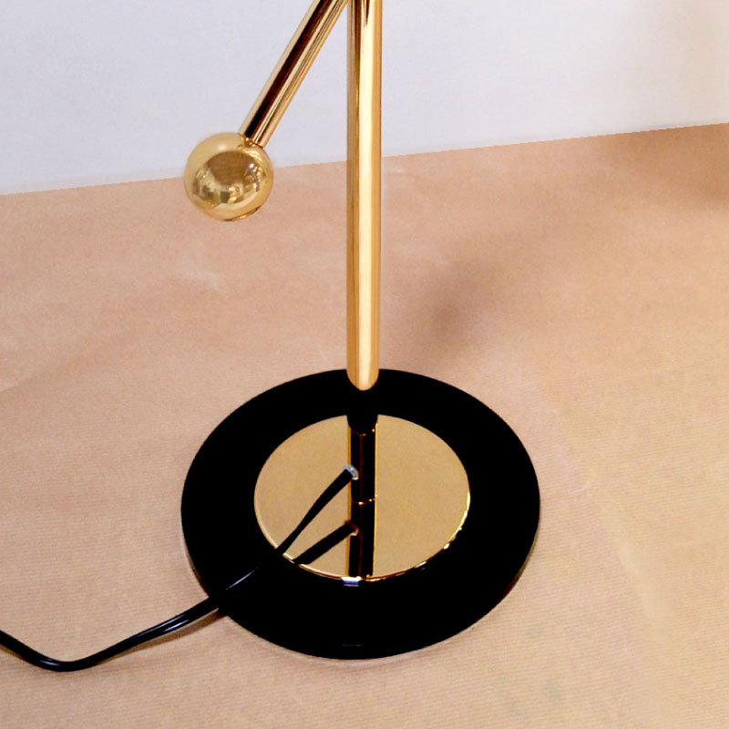 Mitte table lamp