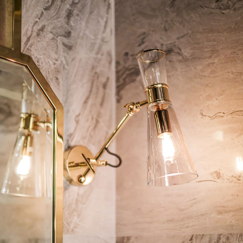Mitte wall lamp