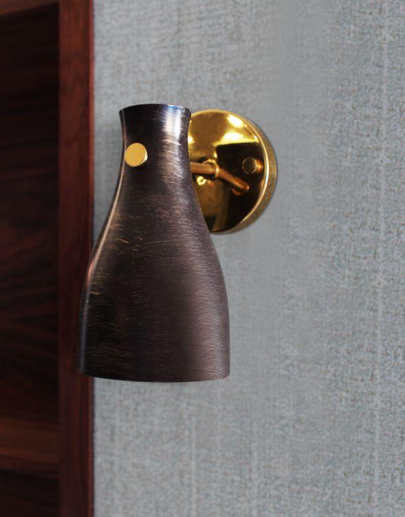 Foxglove Wall Lamp